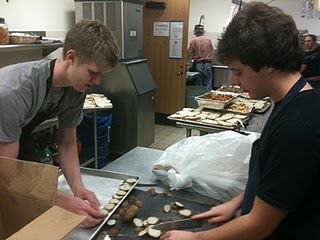 Yale students prepping potatoes